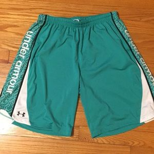 Under Armour shorts, like new